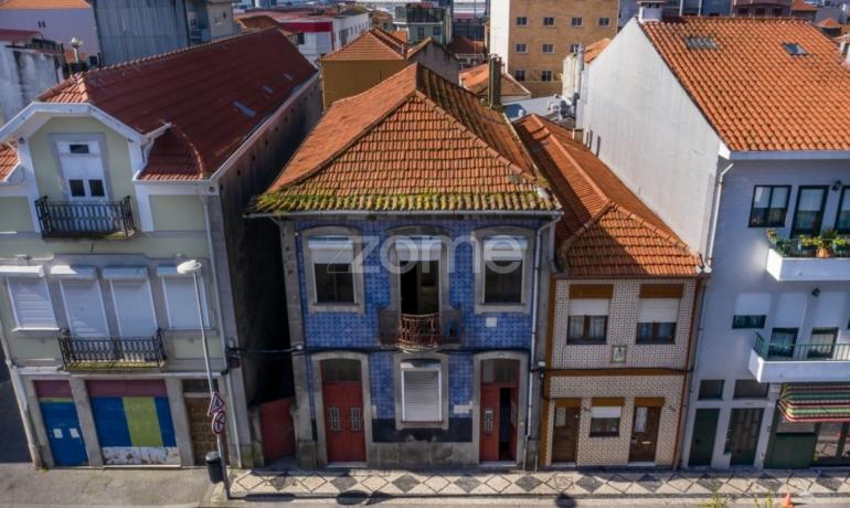 Moradia T4+3 no Centro de Matosinhos